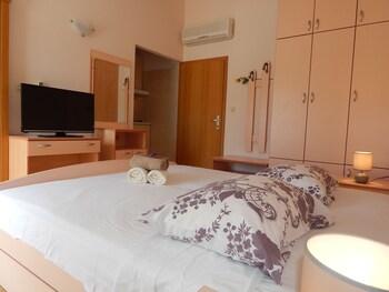 Apartments Rooms Porat
