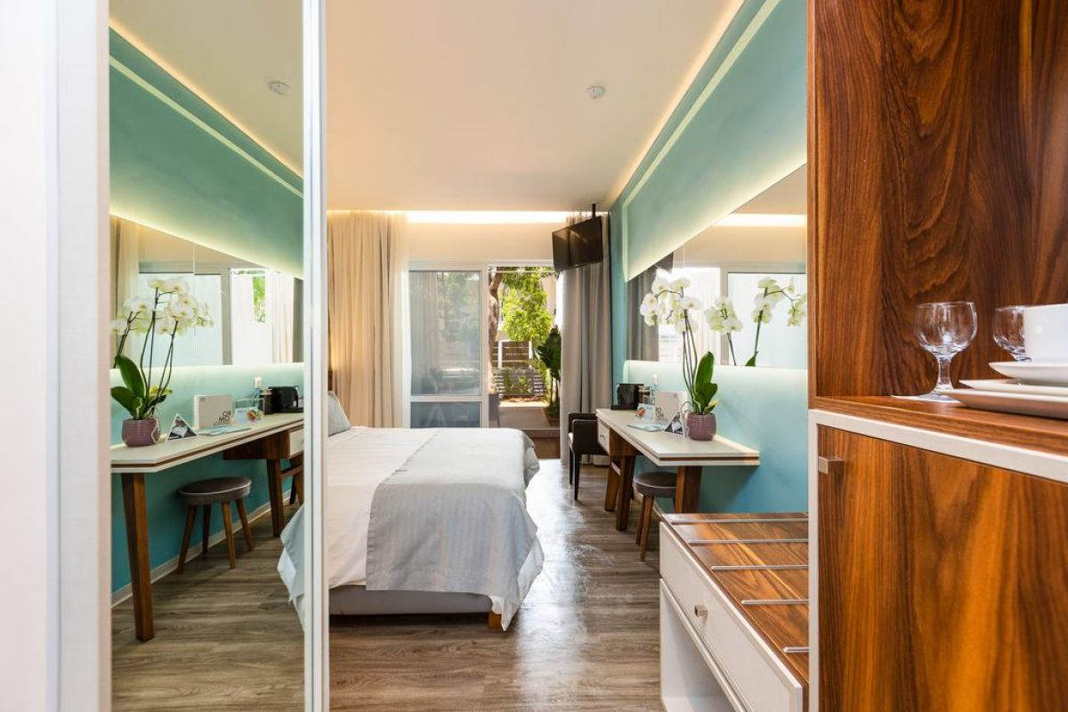 ATRIUM AMBIANCE HOTEL (ex. ATRIUM HOTEL)