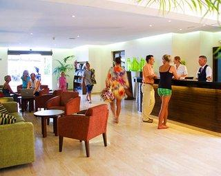 Pearly Grey Ocean Club Apartments  Suites