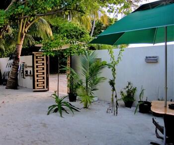 Kuri Beach View Inn