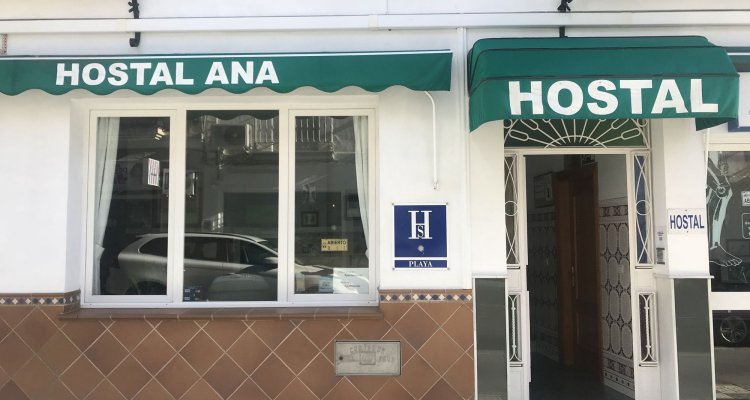 Hostal Ana - Adults Only