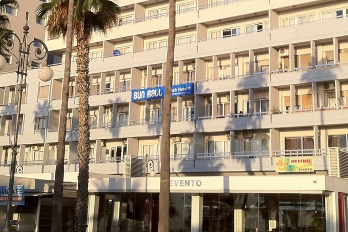 Sun Hall Beach Apartments