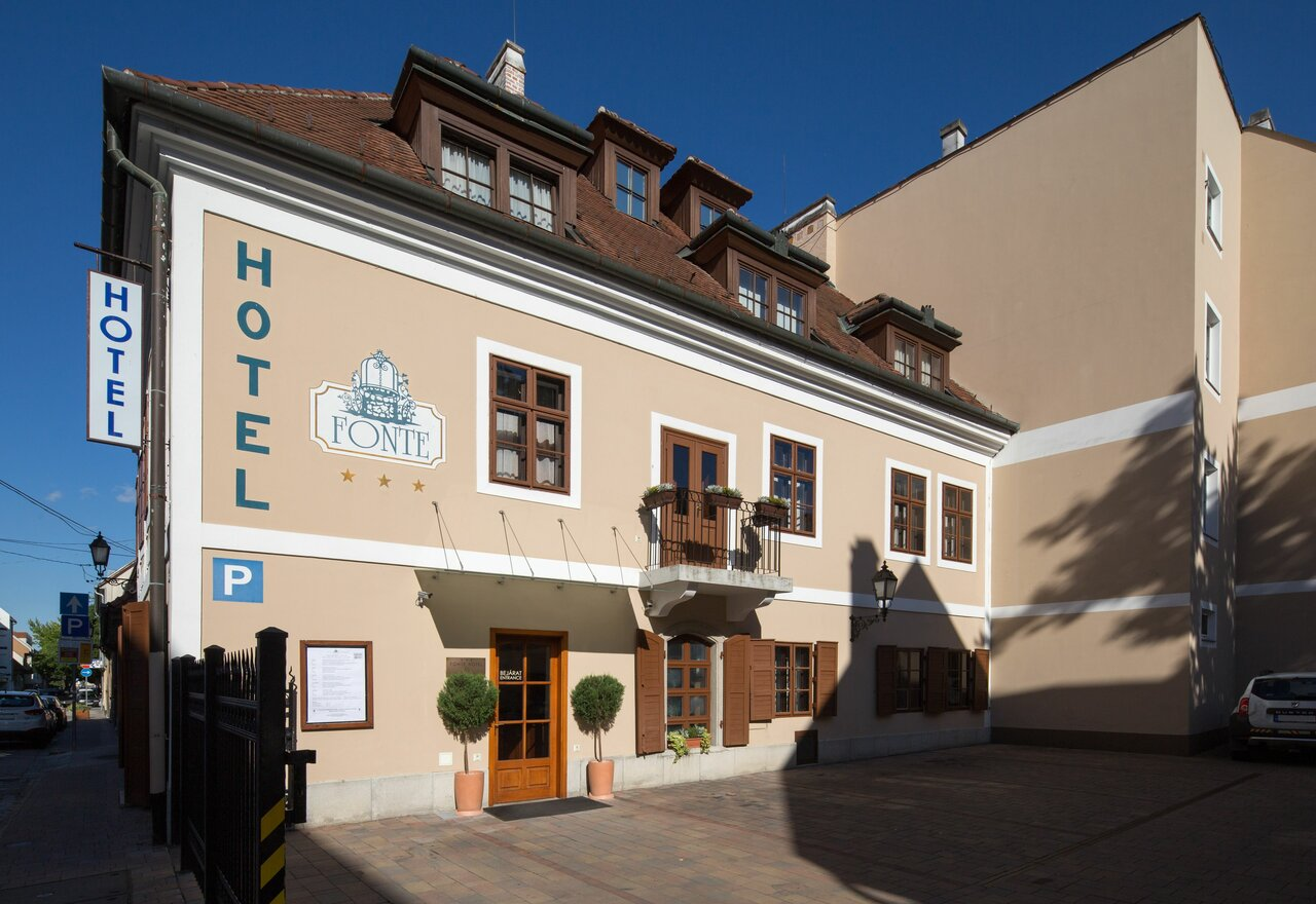 Fonte And Restaurant