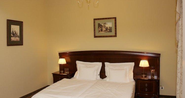 La Contessa Castle Hotel