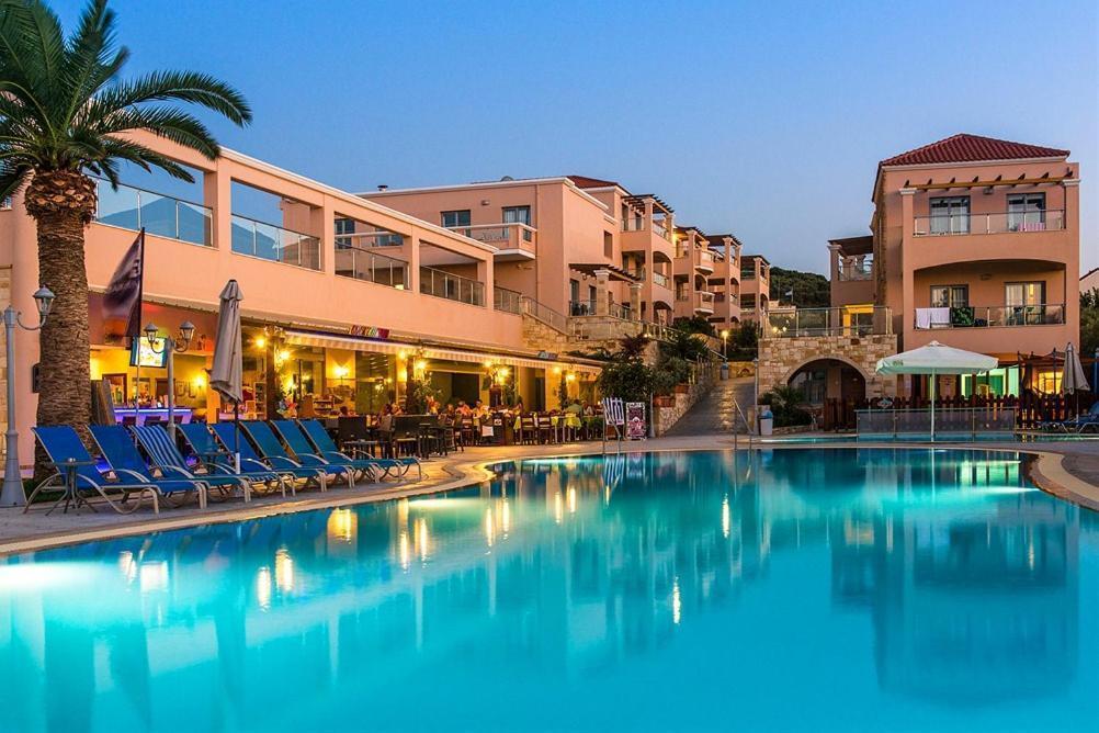 Isida Agia Marina Hotel