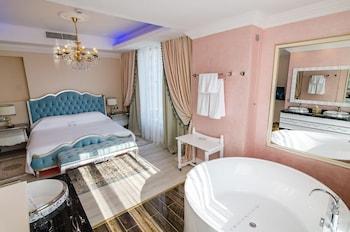 Hotel Phoenicia Royal