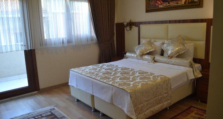 Peradise Hotel