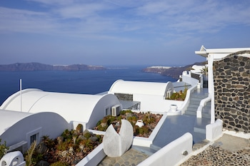 Santorini Princess Luxury Spa