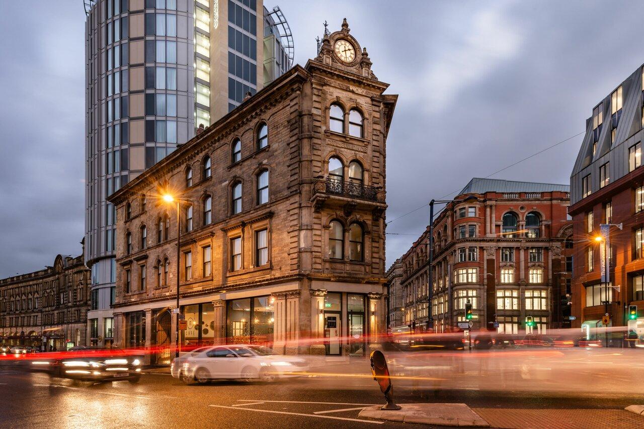 Indigo Manchester - Victoria Station