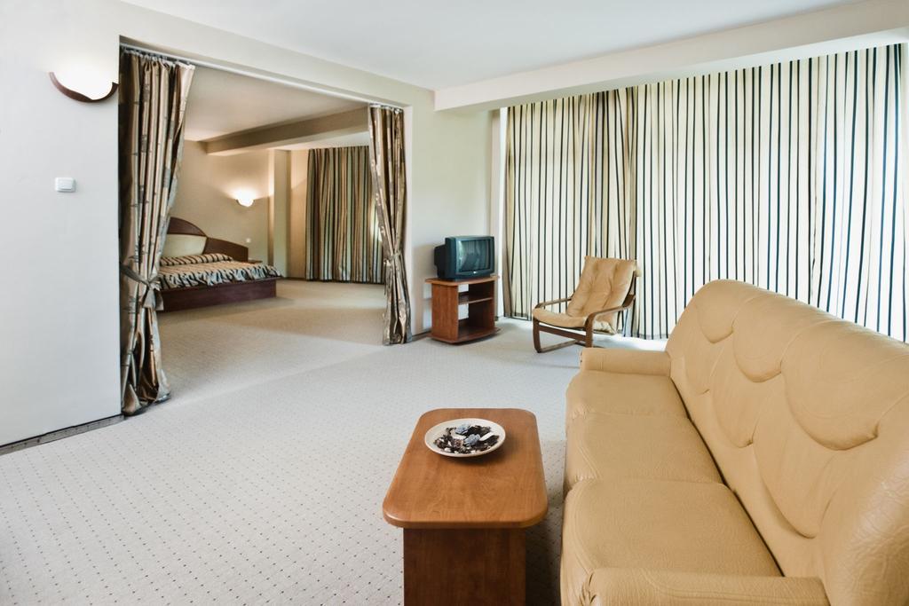 Hotel Mirage MedSpa - Inscrieri Timpurii 30.04.2020 - Pensiune completa - 7 nopti