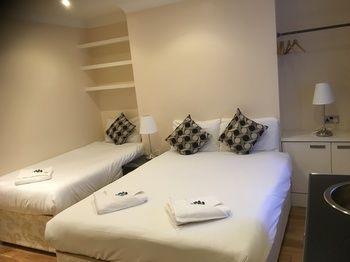 Royal London Apartments