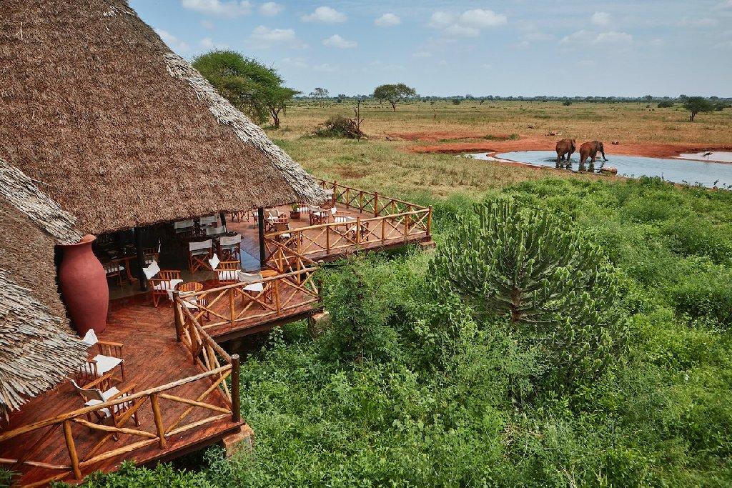 Safari Tsavo East - Tsavo West 2 nopti + Plaja 5 nopti