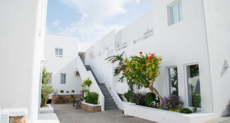 Makris Apartments Hotel