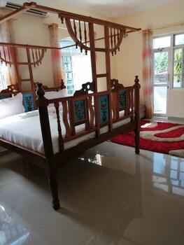 Salhiya Lodge - Hostel