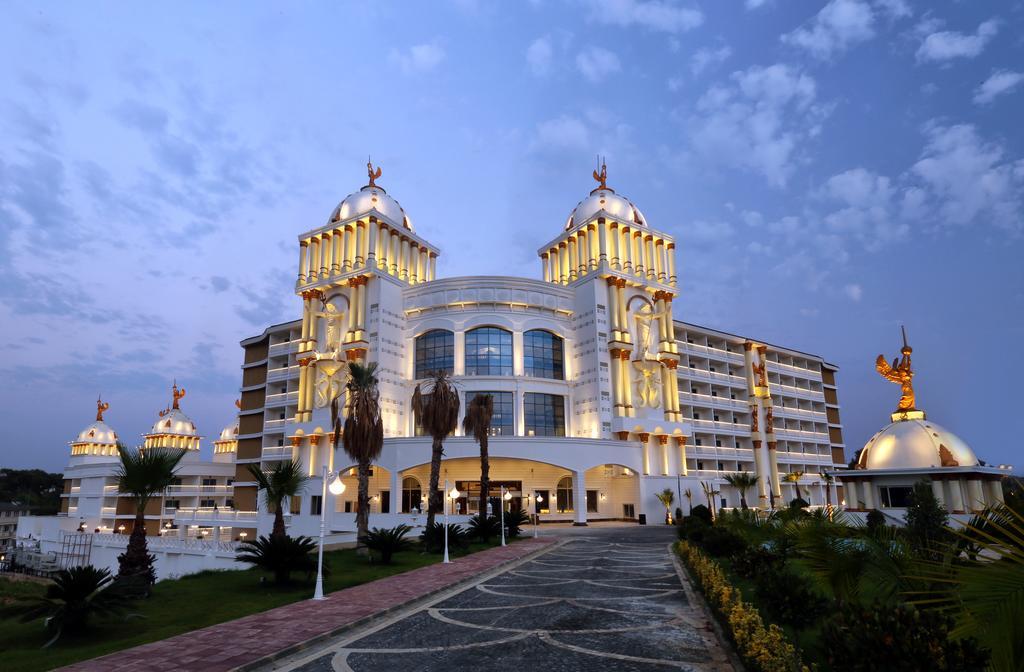 Sui Resort Oz Hotels