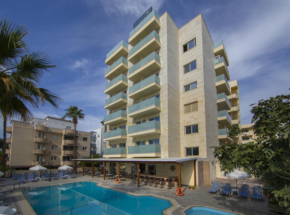 Kapetanios Limassol Hotel