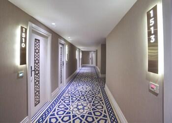 Great Fortune Design Hotel
