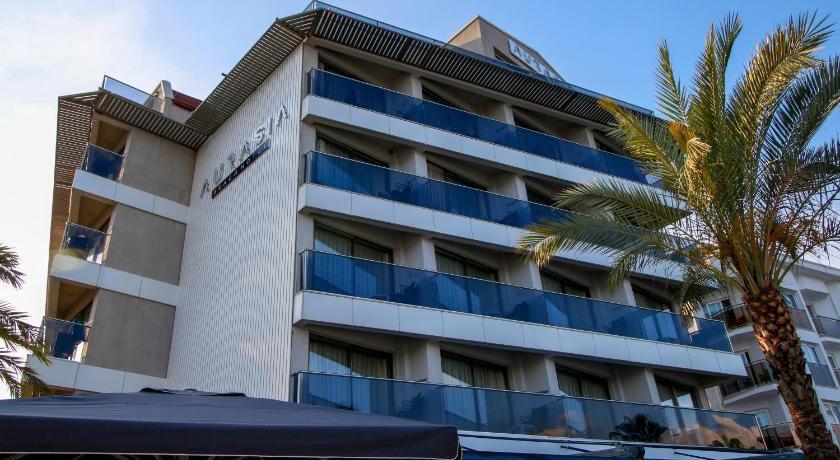 Aurasia Beach Hotel