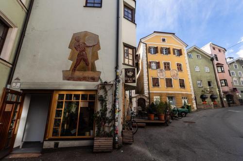 Montagu Hostel