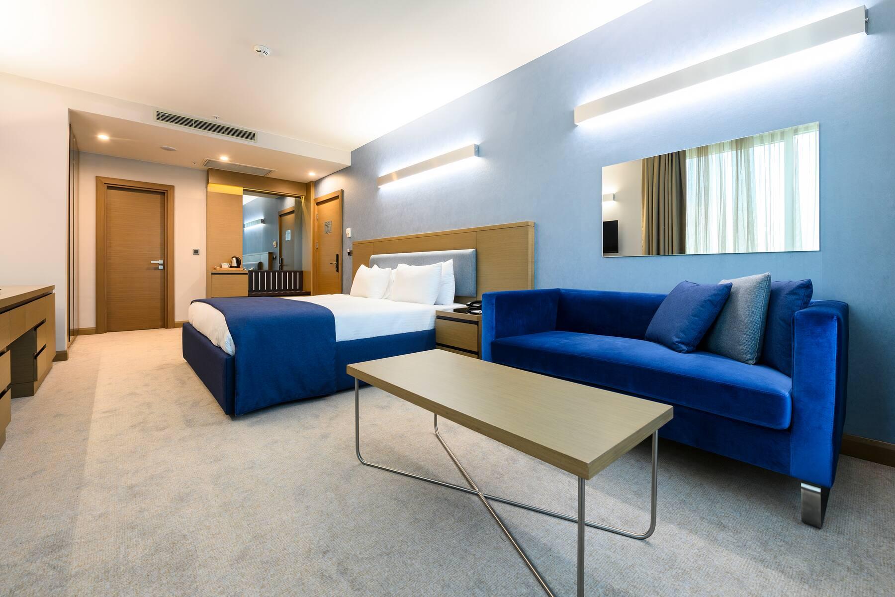Revelion 2021 Istanbul - La Quinta Hotel 4* by Wyndham