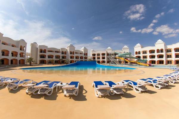 Tropitel Waves Hotel