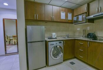 Vista Deluxe Apartments