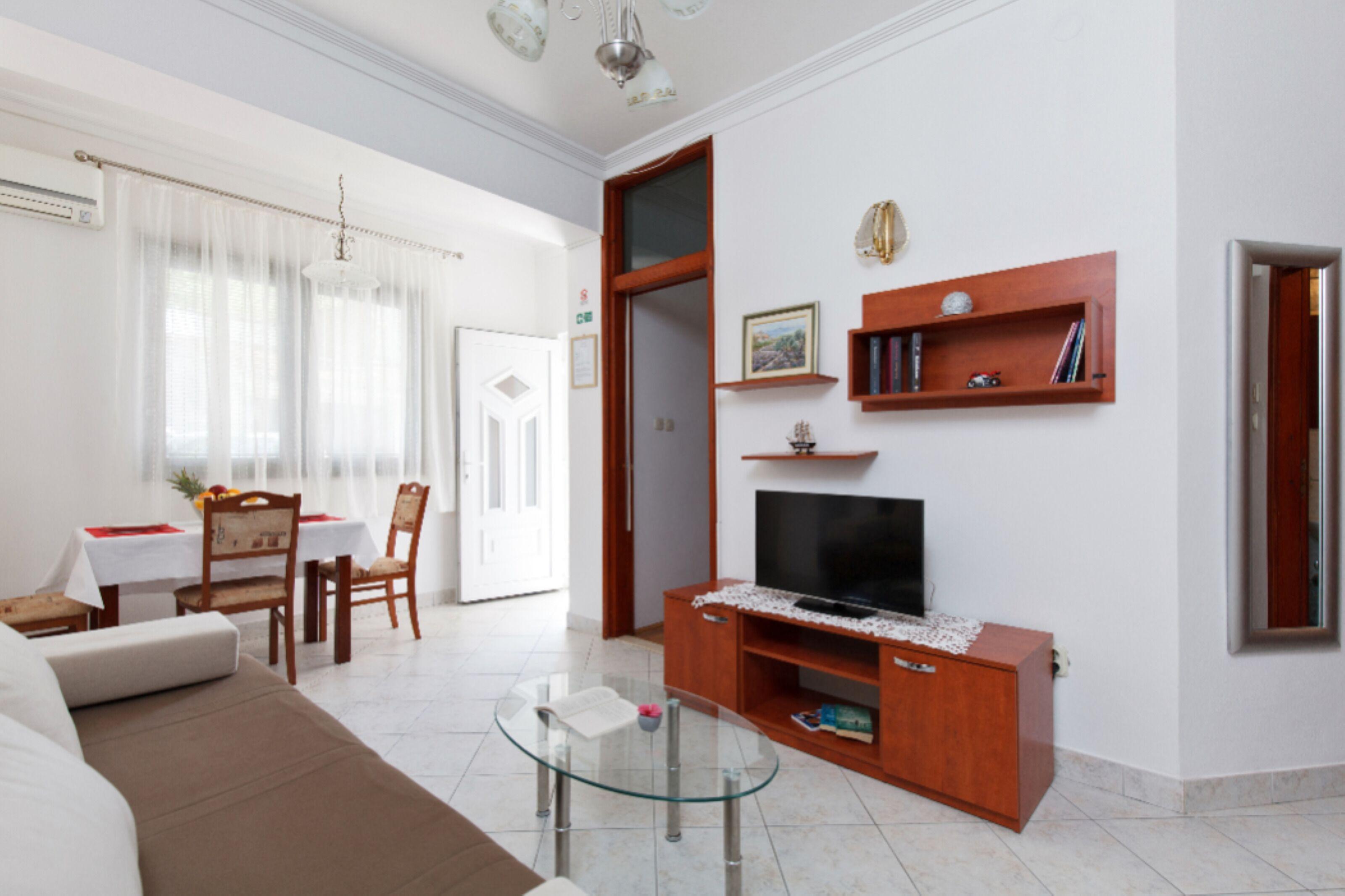 Tihi Val Apartments
