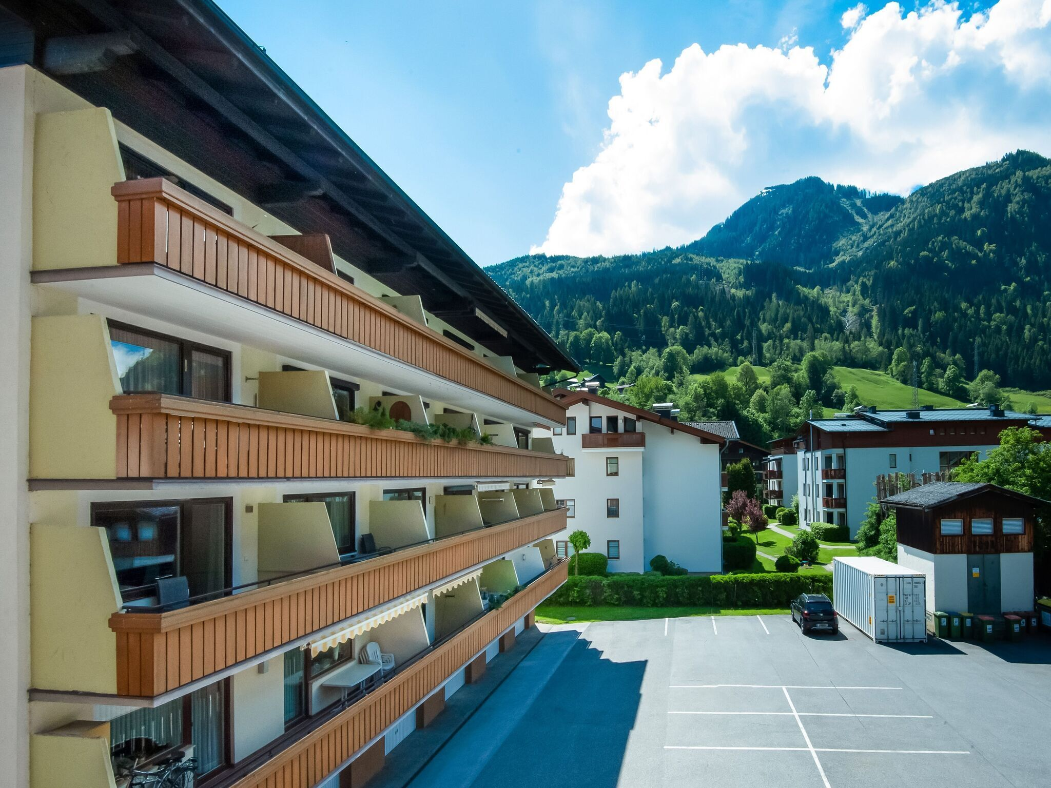 Mountain-view Apartment In Kaprun With Balcony