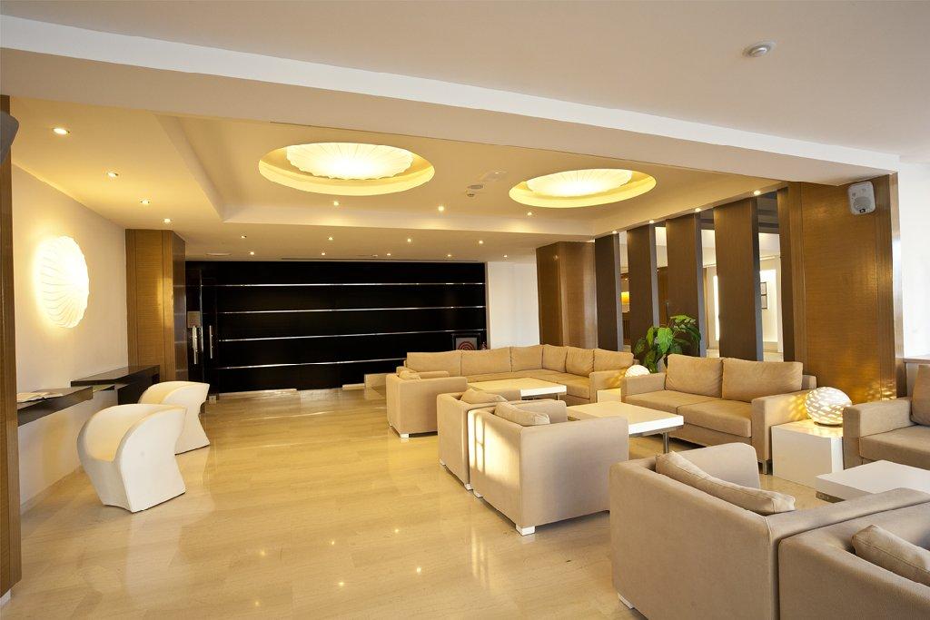 Island Resort Marisol