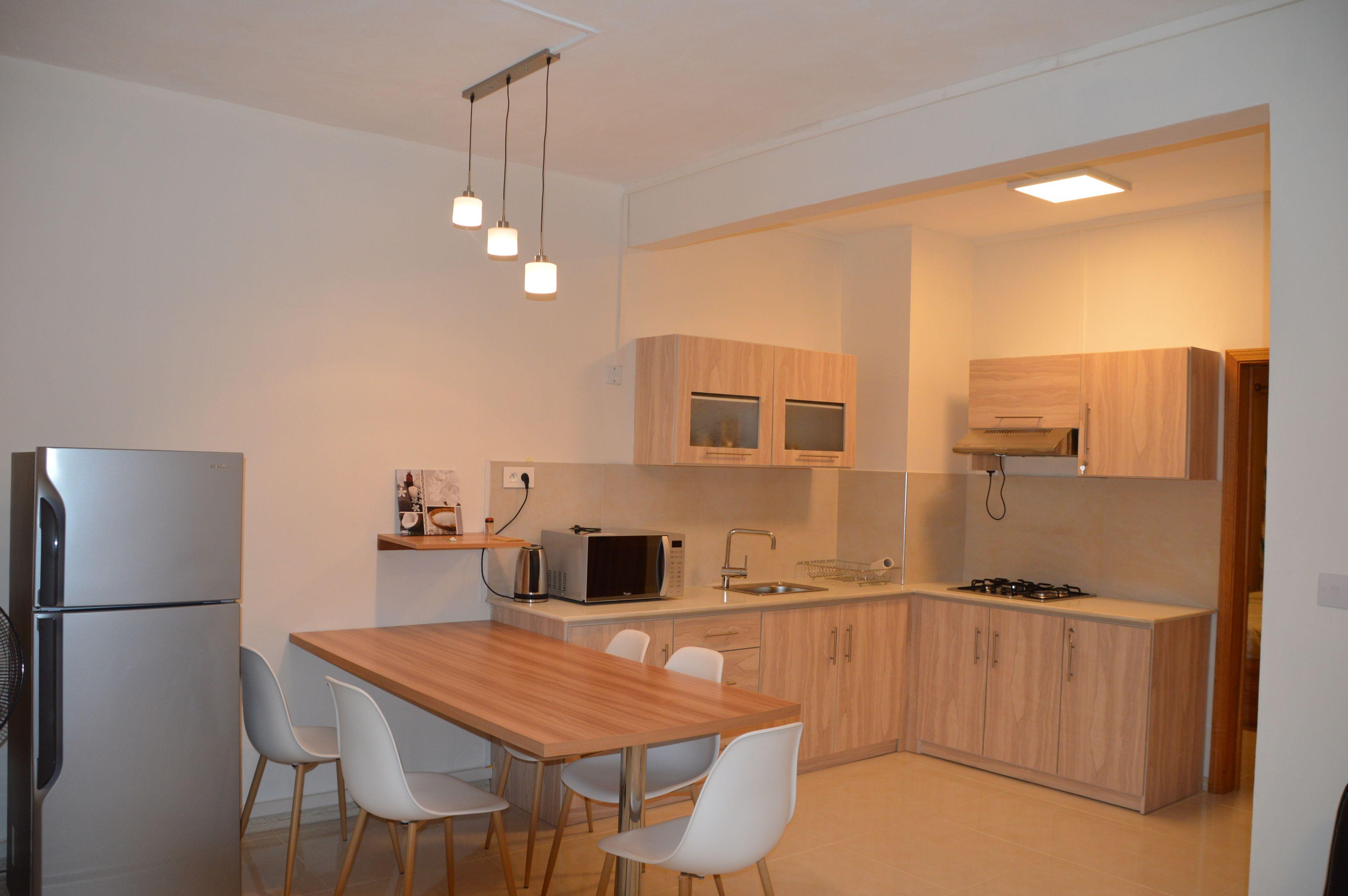 Az New Pereybere Beach Apartment