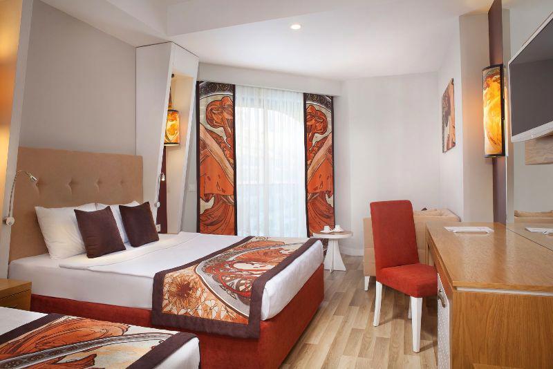 ORANGE PALACE HOTEL