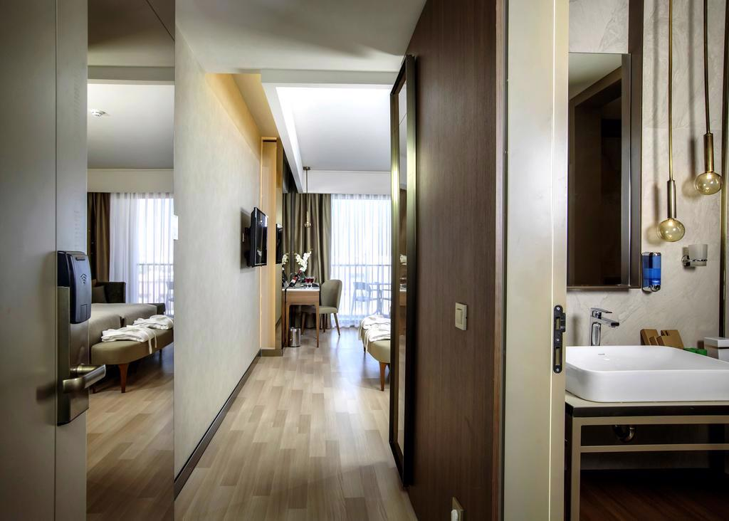 RIO LA VITAS & SPA HOTEL