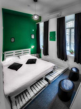 KAHA Hostel & Hotel