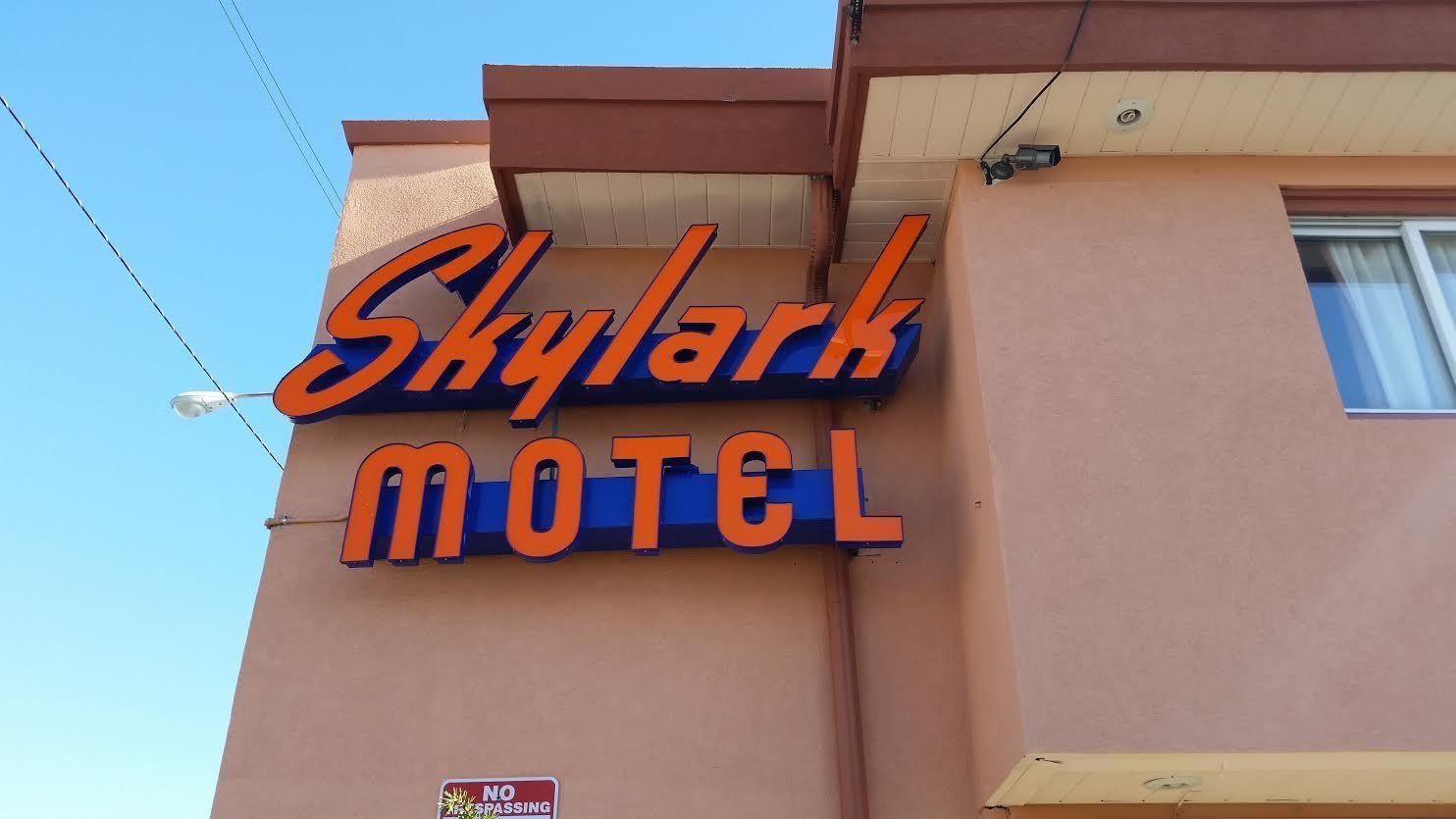Skylark Motel Chicago