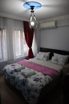 Taksim Pera Suites
