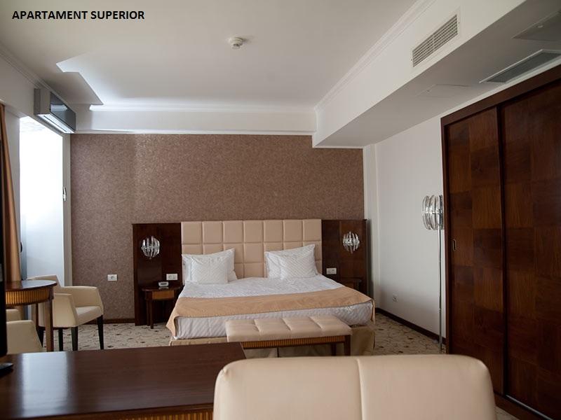 Paste - Hotel President