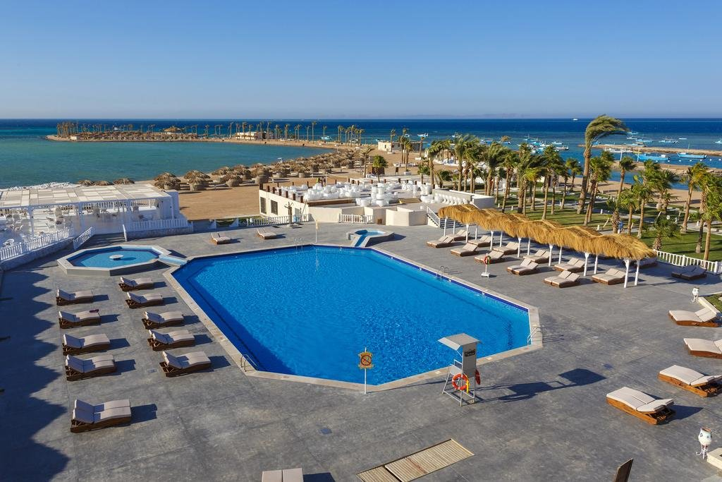MERAKI RESORT (ADULTS ONLY +16)