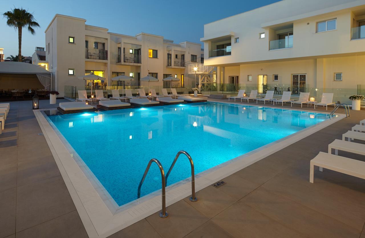 Aparthotel Melpo Antia Suites