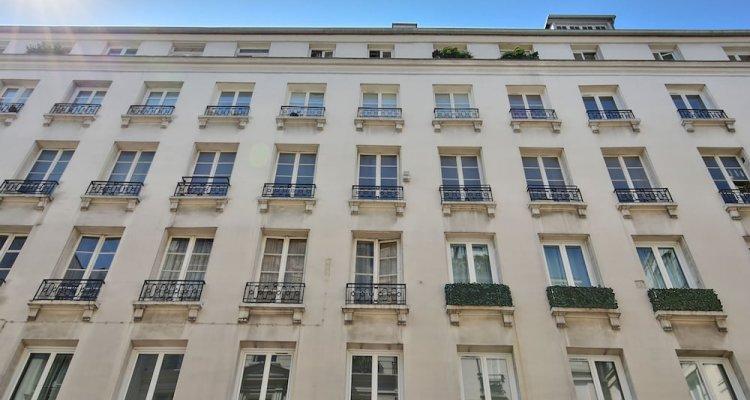 70 - Authentic Parisian Flat
