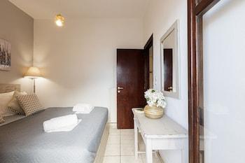 Kasteli Studios And Apartments (panormo)