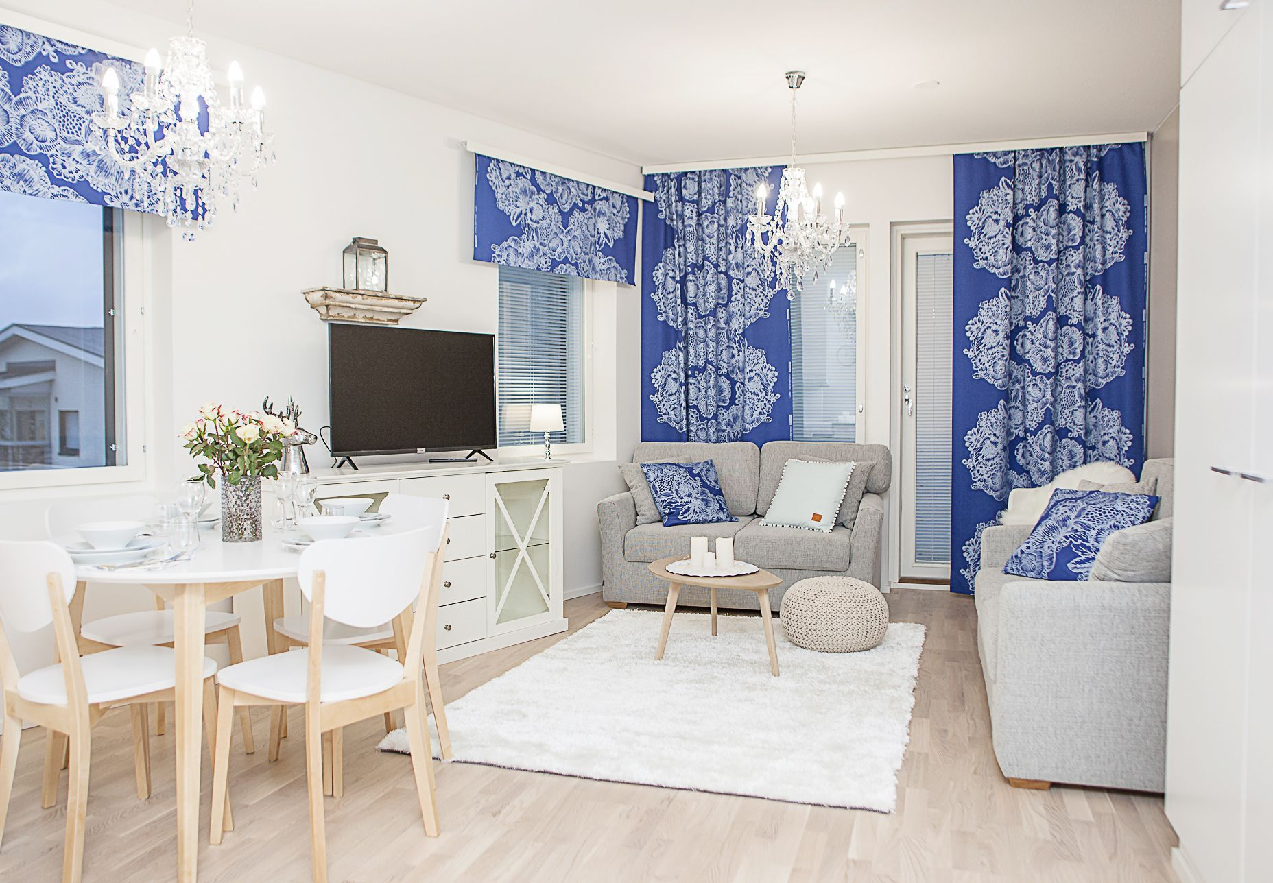 Crystal Arctic Suites