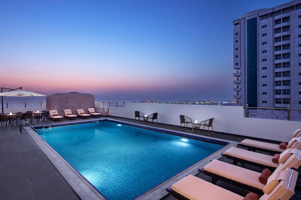 DoubleTree by Hilton Ras Al Khaimah Corniche Hotel & Residences