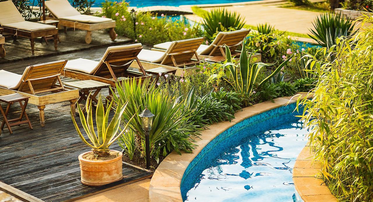 The Cliff Beach & Spa Resort