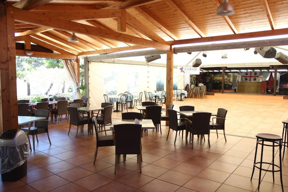 Marina Manna Club Village