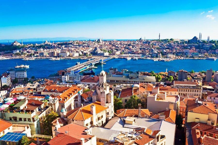 ISTANBUL 2021 (autocar)