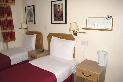 Chiswick Lodge