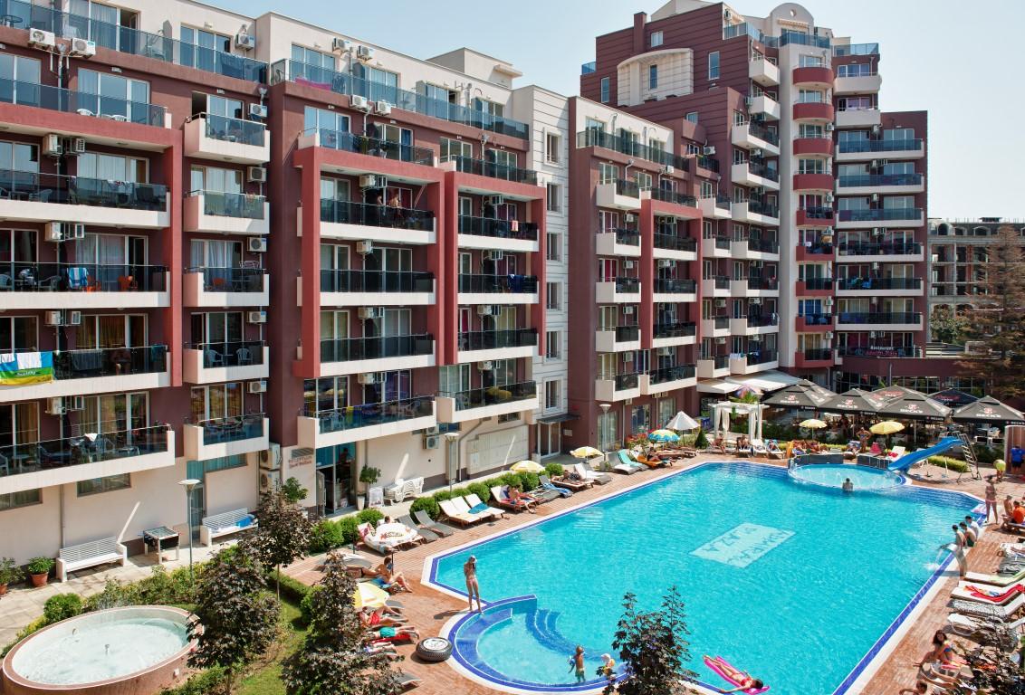Admiral Plaza Aparthotel /PM/