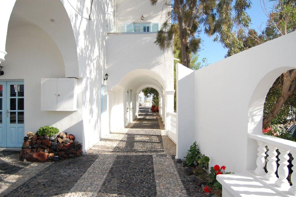 Drossos Hotel (Perissa - Santorini)