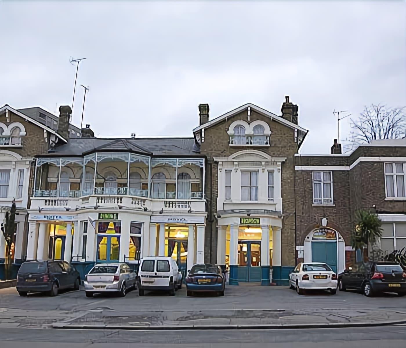 Bridge Park Hotel