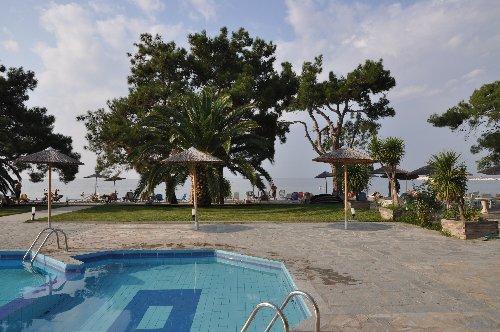 Rachoni Bay -  Resort (Skala Rachoni)
